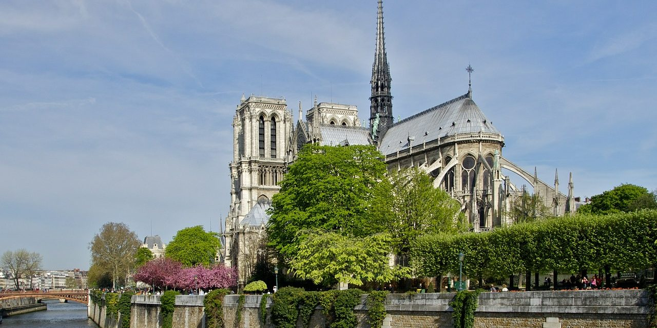 #NOTRE DAME L' INCENDIE DE NOTRE DAME DE PARIS: UN ACCIDENT ? VRAIMENT ?